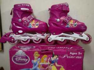 INLINE SKATE FRAME ALUMINIUM Merk Disney ,Bisa di set model Bajaj & lurus, M=35-38 Gambar PRINCESS warna PINK HARGA 395.000
