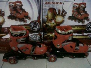 Merk Disney ,Bisa di set model Bajaj & lurus,  M=29-32 ,  L 33-36 ,   Gambar Iron Man warna Merah hitam, HARGA 370.000