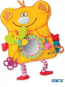 Rp 265.000 Taf Toys Busy Bear Taf Toys     Kode Produk:10425     Ketersediaan:Tersedia     Berat:1,00 kg Fitur produk :     Didesain dengan bentuk beruang yang lucu dan menarik     Terbuat dari bahan kain yang aman dan nyaman untuk anak anda     Berfungsi untuk meningkatkan motorik dan kreatifitas anak anda     Terdapat kaca dibagian depan     Terdapat boneka kupu-kupu kecil untuk dimainkan anak anda     Terdapat bola kecil di bagian depan dengan bahan yang lembut     Untuk umur 6 bulan keatas     Ukuran produk : 48 x 29 x 4 cm