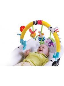 Rp 295.000 Taf Toys Kooky Arch Taf Toys     Kode Produk:11265     Ketersediaan:Tersedia     Berat:1,00 kg Fitur produk :     Didesain dengan bentuk yang unik dan menarik     Menggunakan bahan yang aman untuk anak anda     Dapat digantung di stroller anak anda     Terdapat 3 boneka yang lucu dan unik     Meningkatkan motorik dan kreatifitas anak anda     Untuk umur 0+     Ukuran produk : 34 x 42 x 7 cm