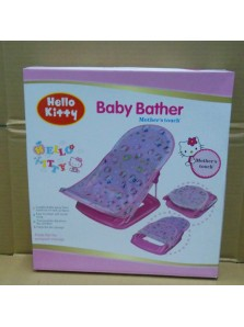 Rp 180.000 Baby Bather Kitty  Fitur produk :     Didesain dengan bentuk dan ilustrasi yang unik dan menarik     Menggunakan bahan kain yang nyaman untuk anak anda pada saat dimandikan     Kaki anak anda akan terasa lebih nyaman pada saat mandi     Bahannya yang lembut     Mudah untuk dibersihkan     Dapat dengan mudah dilipat dan dipasang kembali     Maksimum beban : 11 kg     Ukuran packaging : 33 x 35 x 8,5 cm